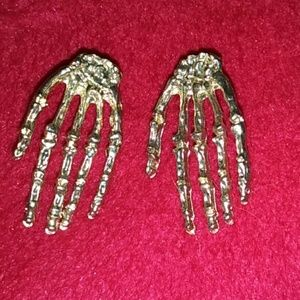 NWOT Skeleton hand earrings